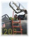 V_kabin___Su-22_4208_po_letu.jpg
