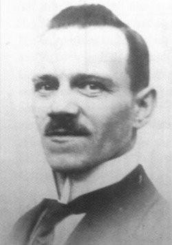 Alois Hitler Jr. (zdroj: https://www.warhistoryonline.com/world-war-ii/william-hitler-didnt-join-the-nazis.html)