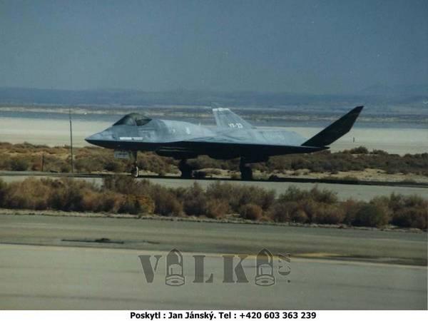 YF-23A sériového ?ísla 87-800
